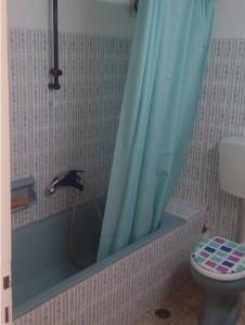 το μπάνιο πριν την πατητη τσιμεντοκονια