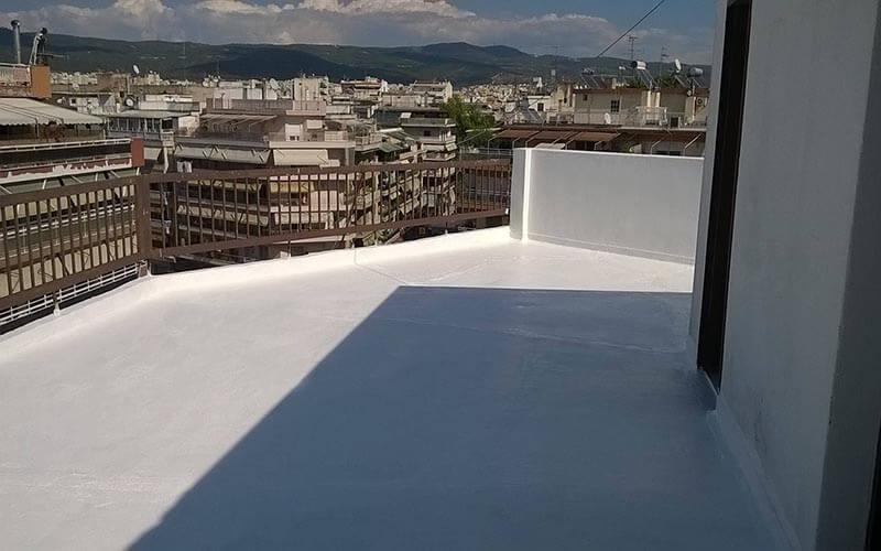 ταράτσα πολυκατοικίας με σύστημα θερμομόνωσης και στεγανοποίησης durosol light roof